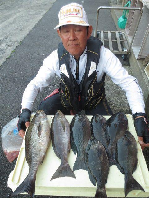 榎本渡船釣果[2009.2.1〜]
